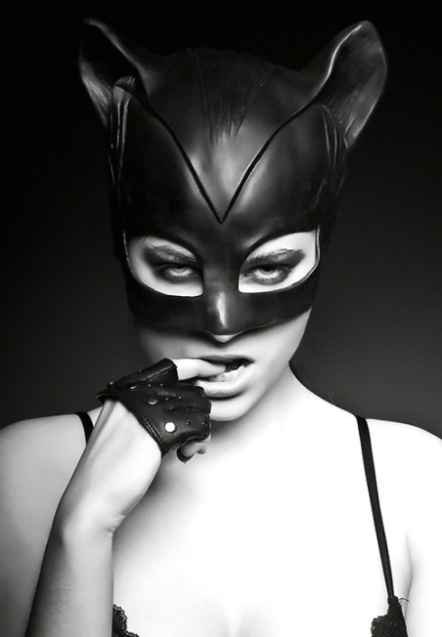 Be Catwoman.